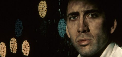 نیکلاس کیج در نمایی از فیلم Bringing Out the Dead